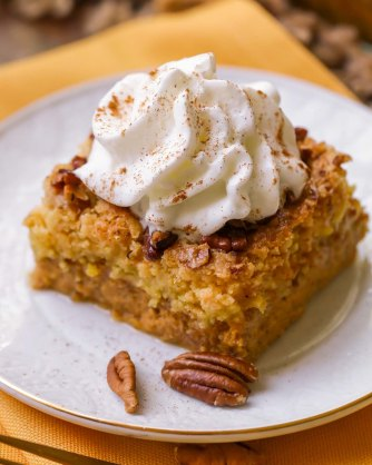 apple pumpkin-dump-cake 3